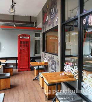 Foto 4 - Interior di K' Donuts & Coffee oleh Anisa Adya