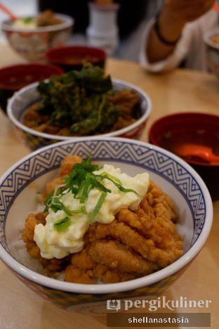 Foto 2 - Makanan(Tori Don) di Yoshinoya oleh Shella Anastasia