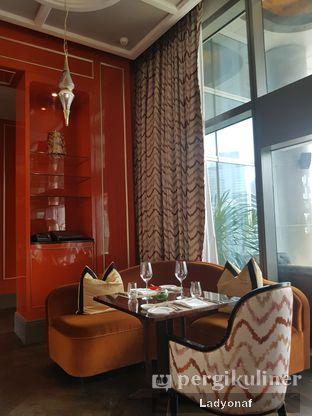Foto 4 - Interior di Alto Restaurant & Bar - Four Seasons oleh Ladyonaf @placetogoandeat