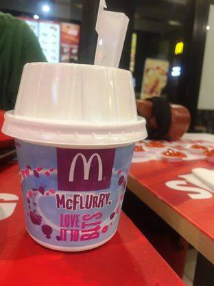 Foto 7 - Makanan di McDonald's oleh Prido ZH