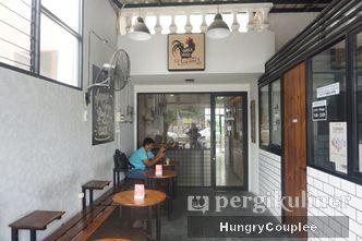 Foto Interior di Ayam Suwir Wara Wiri