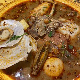 Foto 7 - Makanan di Dragon Hot Pot oleh Levina JV (IG : @levina_eat & @levinajv)