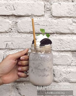 Foto 2 - Makanan(Oreo Flavored Latte) di Lucky Cat Coffee & Kitchen oleh Rachel Intan Tobing