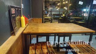Foto 5 - Interior di Hungry Man oleh Mira widya