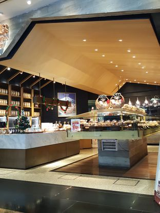 Foto 6 - Interior di Francis Artisan Bakery oleh Stallone Tjia (@Stallonation)