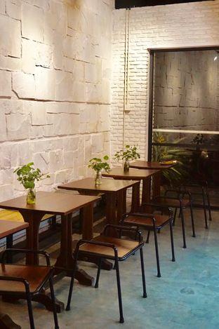 Foto 18 - Interior di Kaffeine Kline oleh Prido ZH