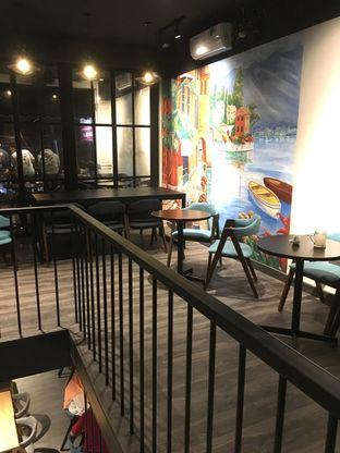 Foto 16 - Interior di Dopamine Coffee & Tea oleh Prido ZH