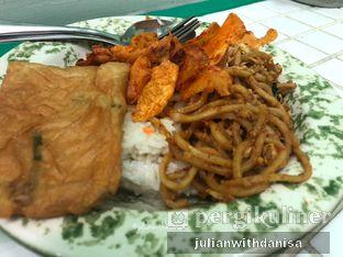 Foto - Makanan di Wahteg oleh Julian with danisa