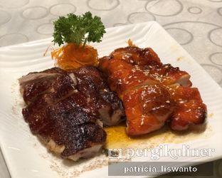 Foto 1 - Makanan(Bbq Combination) di The Grand Duck King Signature oleh Patsyy