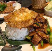 Foto Pork kailan rice di Noble by Zab Thai