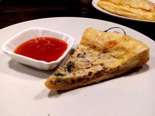 Foto 9 - Makanan(Quiche) di Kopi Boutique oleh Desi Ari Pratiwi