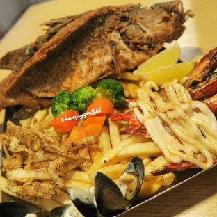 Foto 1 - Makanan di The Manhattan Fish Market oleh Astrid Wangarry