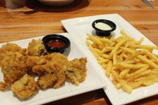 Foto 2 - Makanan(French Fries) di Foodmart Primo oleh YSfoodspottings
