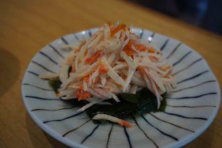 Foto 3 - Makanan(Kanikama Salad) di Sushi Hiro oleh Elvira Sutanto