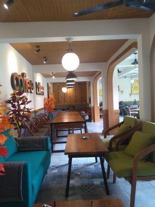 Foto 2 - Interior di Coffee Toffee oleh Jaka Saleh