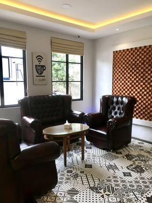 Foto 20 - Interior di de'CLAN Resto & Cafe oleh Prido ZH