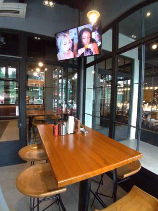 Foto 6 - Interior di The Buffalo oleh Jessica capriati