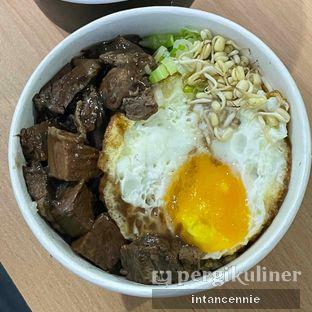 Foto 2 - Makanan di Rawon Bar oleh bataLKurus