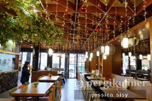 Foto 16 - Interior di De Cafe Rooftop Garden oleh Jessica Sisy