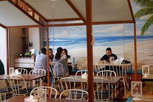 Foto 6 - Interior di Cupten Cafe oleh Deasy Lim