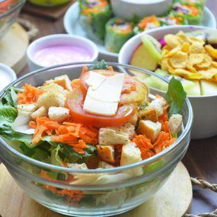 Foto 4 - Makanan(Caesar Salad) di Serasa Salad Bar oleh Desanggi  Ritzky Aditya