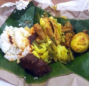 Foto 1 - Makanan di RM Sinar Minang oleh heiyika