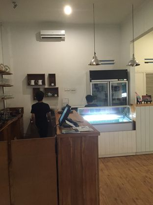Foto 4 - Interior di Kuki Store & Cafe oleh Theodora