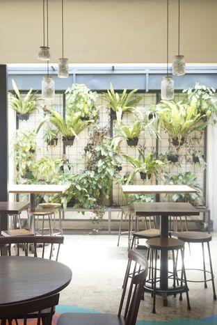 Foto 22 - Interior di SRSLY Coffee oleh yudistira ishak abrar