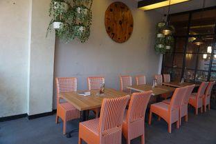 Foto 7 - Interior di De Cafe Rooftop Garden oleh eatwerks