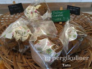 Foto 9 - Makanan di Rokue Snack oleh Tirta Lie
