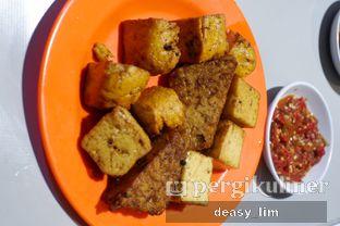 Foto 7 - Makanan di Nasi Uduk Kota Intan (Aweng) oleh Deasy Lim