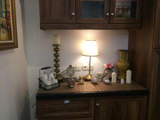 Foto 4 - Interior di Harlequin Bistro oleh Felisia Luissela Nday