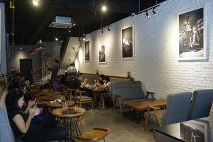 Foto 23 - Interior di Chief Coffee oleh yudistira ishak abrar