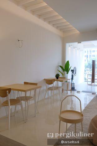 Foto 8 - Interior di Aiko Coffee oleh Darsehsri Handayani