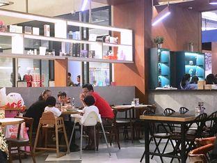 Foto 4 - Interior di The Goods Cafe oleh Prido ZH