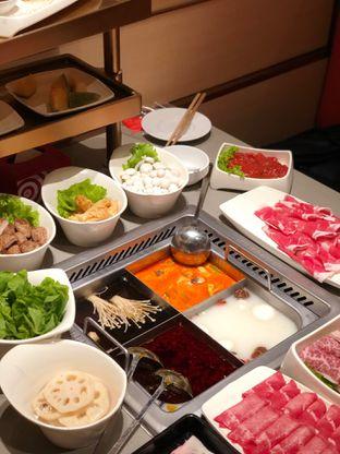 Foto 6 - Makanan di Haidilao Hot Pot oleh feedthecat