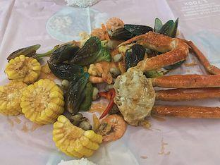 Foto 1 - Makanan di King Crab oleh @qluvfood