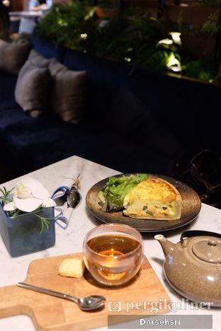 Foto 6 - Makanan di Blue Terrace - Ayana Midplaza Jakarta oleh Darsehsri Handayani