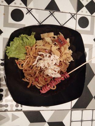 Foto 6 - Makanan di Mie Monster oleh ochy  safira
