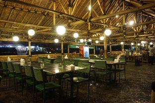 Foto 9 - Interior di Kedai Sunda Cipayung oleh yudistira ishak abrar