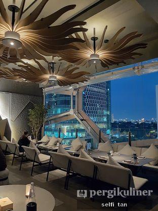 Foto 9 - Interior di Animale Restaurant oleh Selfi Tan