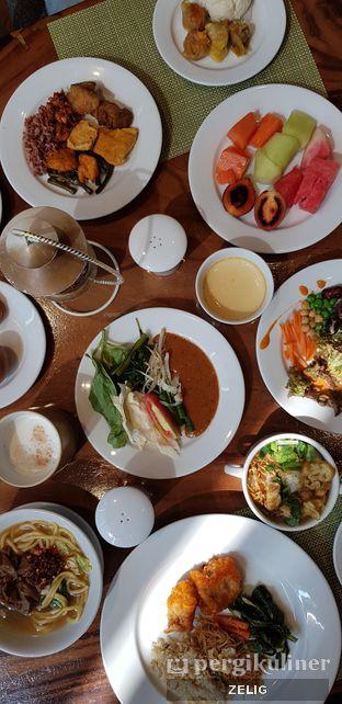 Foto 6 - Makanan di Catappa Restaurant - Hotel Grand Mercure Kemayoran oleh @teddyzelig