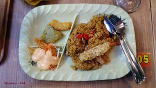 Foto 2 - Makanan(Yakimeshi Crispy Ebi Tempura) di Gokana oleh 08_points