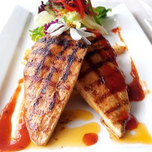 Foto 3 - Makanan di Grandia Sky Lounge - Grandia Hotel oleh Chris Chan