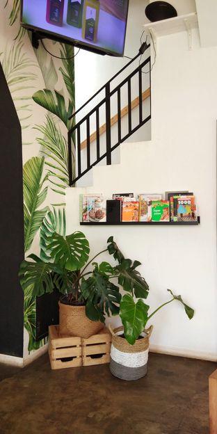 Foto 6 - Interior di Oranje Juicery oleh Ulee
