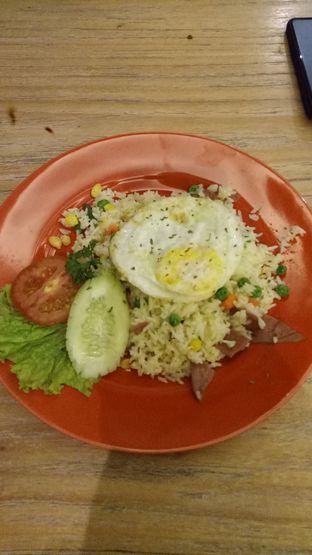Foto 4 - Makanan(Butter Rice Beef Bacon ) di Tavor Cafe oleh Ratu Aghnia