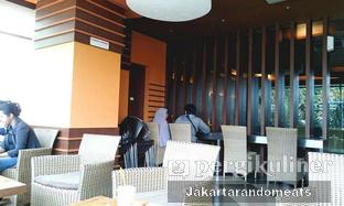 Foto 2 - Interior di Dunkin' Donuts oleh Jakartarandomeats