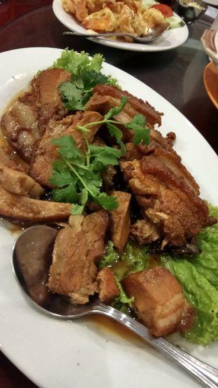 Foto 3 - Makanan(Babi Hong) di Chang Tien Hakka Kitchen oleh YSfoodspottings