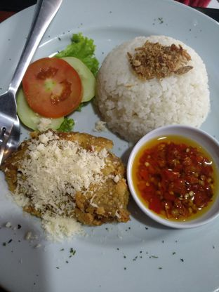 Foto 3 - Makanan(Ayam Geprek Keju) di My Foodpedia oleh Rachmat Kartono