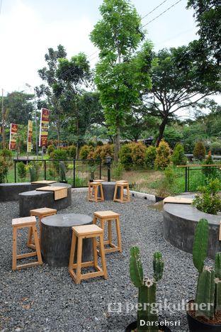 Foto review Contrive Coffee and Space oleh Darsehsri Handayani 10